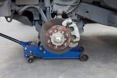 Bremsscheibe und Detail der Radnabe lizenzfreie stockfotografie