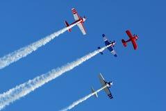Bremsungs-Flugzeuge in der Anordnung Stockfotografie