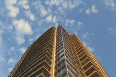 Brend new high rise building against blue sky Stock Photography