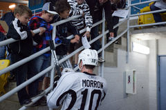 Brenden Morrow Signs Autograph stock afbeelding