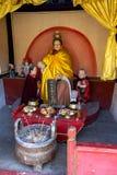Breng 2014, Chuandixia, Hebei-provincie, China in de war: het binnenland van een klein Taoïsmeheiligdom niet verre van Guandi-tem royalty-vrije stock afbeelding