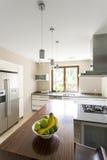 Breng uw keuken in de 21ste eeuw Royalty-vrije Stock Foto