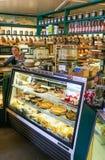 Brengt het Beroemde Wegrestaurant van Alaska Talkeetna Bakkerij onder Stock Foto