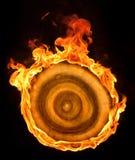 Brennende hölzerne Antriebsscheibe Stockfotos