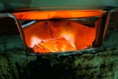 Brennende Holzkohle Lizenzfreie Stockfotos