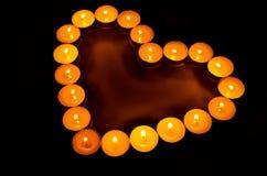 Brennende Kerzen. Lizenzfreie Stockbilder