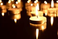 Brennende Kerzen Lizenzfreie Stockbilder