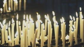 Brennende Kerzen stock video