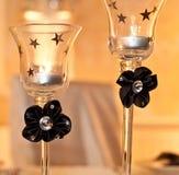 Brennende Kerzen im Glas Stockbild