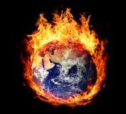 Brennende Kugelerde (Osthemisphäre) Lizenzfreie Stockbilder