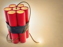 Brennende Sicherung mit Dynamitexplosivstoffen Stockfotos