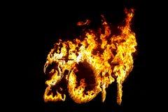 Brennende Zahlen 2017, als das Symbol des Endes des Jahres Stockbild