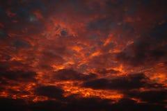 Brennender Himmel stockfotos