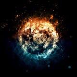 Brennender Kreis - Feuer und Eis - lokalisiert auf einem dunklen Hintergrund Stockbilder