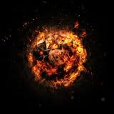 Brennender Kreis - Orange - lokalisiert auf einem dunklen Hintergrund Stockfotos