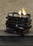 Brennendes Festplattenlaufwerk Stockfoto