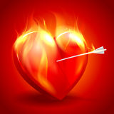Brennendes Herz mit Pfeil. Lizenzfreie Stockfotografie