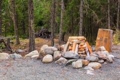 Brennholz bereit abzufeuern Lizenzfreie Stockfotos