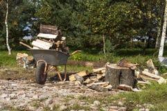 Brennholz für den Winter Stockbilder