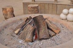 Brennholz im Brand lizenzfreies stockfoto