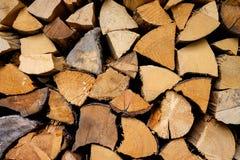 Brennholzschnitt, hölzerne Hintergrundbeschaffenheit Stockfoto