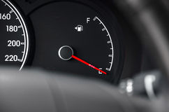 Brennstoff-Armaturenbrett Stockfotos