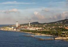Brennstoff-Raffinerie in Curaçao Stockfotos