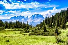 Brenta白云岩山脉 库存图片