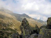 Brenta白云岩山风景、秋天、低云和雾 免版税库存照片