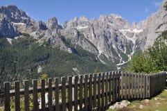 Brenta dolomity, Altowy Adige, Włochy zdjęcie royalty free