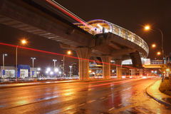 Brentwood-Stations-Nacht, Burnaby, Britisch-Columbia Lizenzfreie Stockbilder
