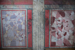 Brescia, Ιταλία, στις 11 Αυγούστου 2017, παλαιό ρωμαϊκό μωσαϊκό τοίχων στο μουσείο Στοκ εικόνα με δικαίωμα ελεύθερης χρήσης