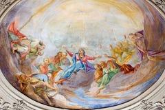 BRESCIA, ITALIA, 2016: El fresco de Pentecostés en la cúpula lateral en los di Santa Maria del Carmine de Chiesa de la iglesia Fotografía de archivo libre de regalías