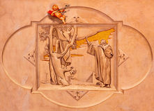 BRESCIA ITALIEN, 2016: Freskomålningen av Kristus som kallar Zacchaeus i kyrkliga Chiesa di Cristo Beträffande av Vittorio Traini Royaltyfri Bild