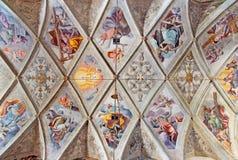 BRESCIA ITALIEN, 2016: Takfreskomålningen av kyrkliga Chiesa del Santissimo Corpo di Cristo vid jesuit Benedetto da Marone Royaltyfri Foto