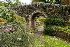 Bressingham trädgårdar - som är västra av Diss i Norfolk, England - som är eniga Royaltyfri Bild