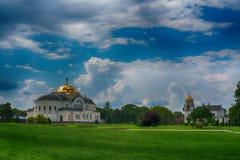 BREST, BELARUS - 28 JUILLET 2018 : Saint Nicholas Cathedral Svyato-Nikolaevskiy Sobor dans le mémorial de forteresse de Brest images libres de droits