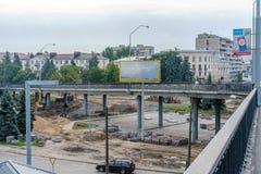 Brest Białoruś, Lipiec, - 30, 2018: Ð ¡ onstruction nowy drogowy złącze obrazy stock