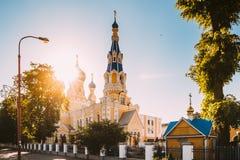 Brest, Bielorrusia Día del St Nicholas Cathedral In Sunny Summer Iglesia imagenes de archivo