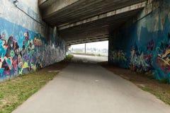 Brest, Francja 28 Maj 2018 graffiti miastowy tunel na ogródzie botanicznym w Brest Francja może 2018 Obrazy Stock