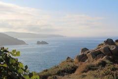 Breton kust under dimman Royaltyfri Bild