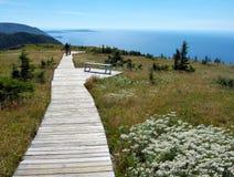 Bretonische szenische Spur des Umhangs mit Küstenlinieansicht Stockfotos
