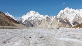 Brett maximum och Vigne glaciär, Karakorum, Pakistan Arkivfoton