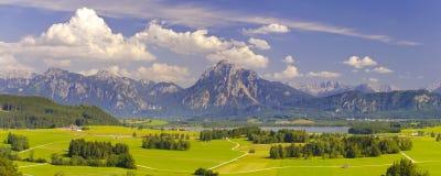 Brett panoramalandskap i Bayern Arkivbild