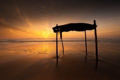 Bretterbude auf dem Strand Lizenzfreie Stockbilder