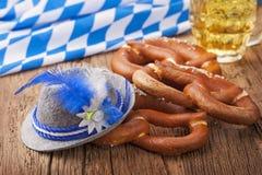 Bretzels e cerveja Foto de Stock
