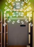 Brevlåda med bokstavssymboler på glödande grön bakgrund Fotografering för Bildbyråer