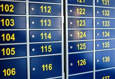 brevlådakontorsstolpe arkivfoton