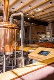 Brewey con área de la consumición Imagenes de archivo