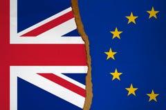英国的旗子和在一半剥去的欧洲旗子 Brexit概念 库存图片